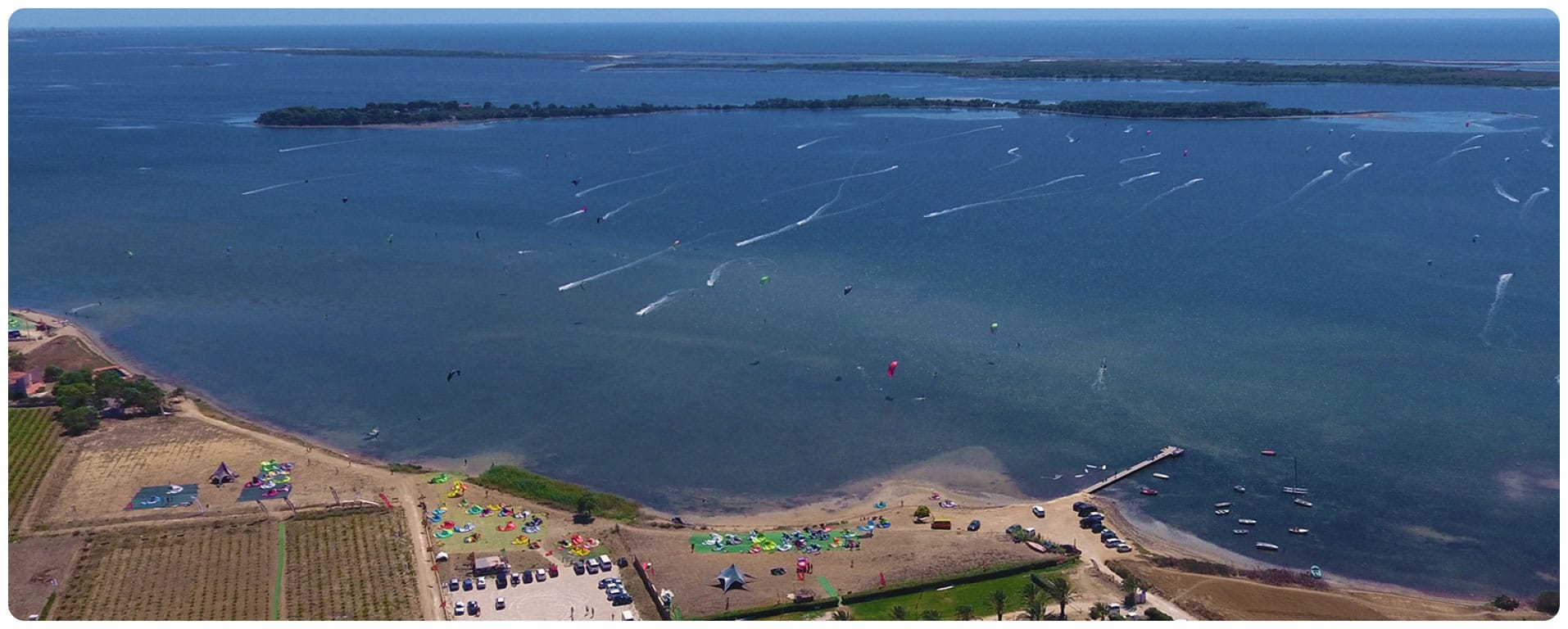 kitesurf-lo-stagnone-sicily-lagoon-flow-kite-school-drone-duotone-ozone