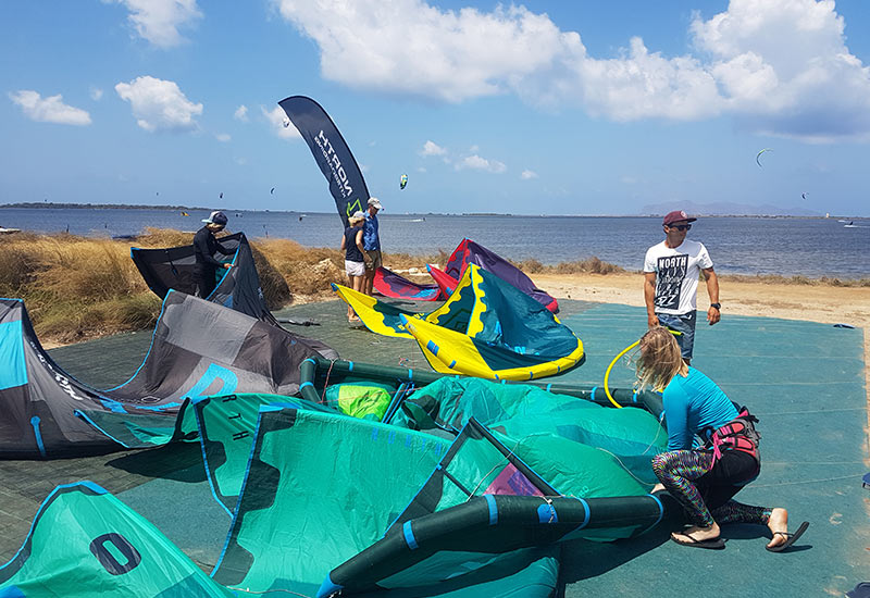 north-duotone-kitesurf-lo-stagnone-lagoon-lesson-rental-flow-kite-school-sicily