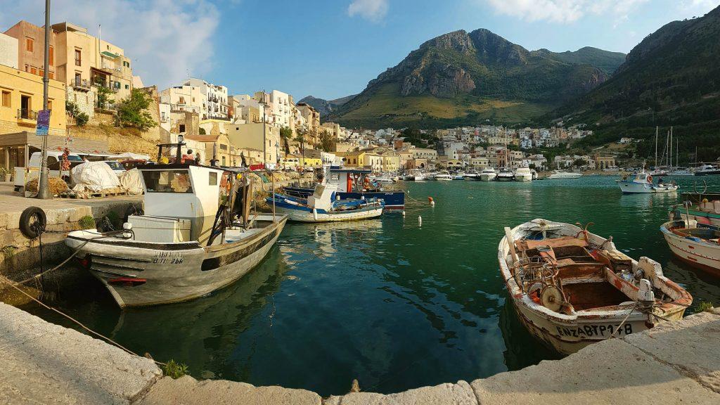 Lo-Stagnone-Lagoon-marsala-kitesurf-Sicily-Best-Spot-Kitesurfing-Sicilia-Flow-Kite-School-Cabrinha-duotone-kiteboarding-sup-stand-up-paddle-board-castllammare-del-golfo