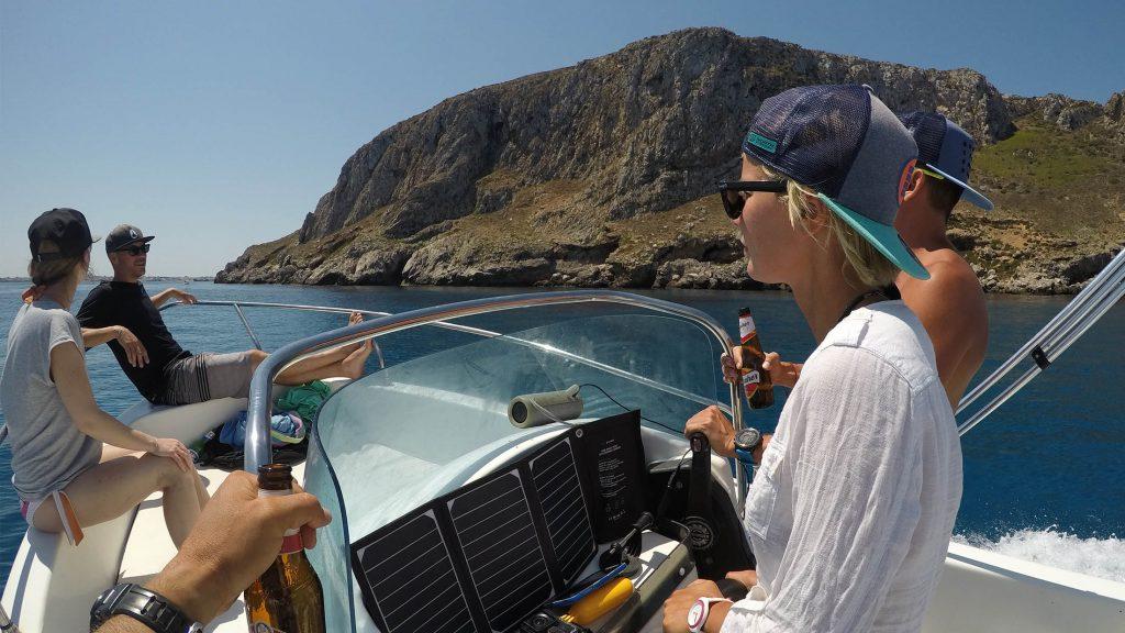 Lo-Stagnone-Lagoon-marsala-kitesurf-Sicily-Best-Spot-Kitesurfing-Sicilia-Flow-Kite-School-Cabrinha-duotone-kiteboarding-sup-stand-up-paddle-board-rent-motor-boat-wakeboarding-island-favignana