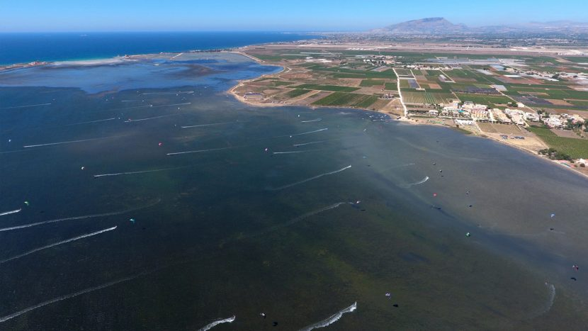 Lo-Stagnone-Lagune-marsala-kitesurf-Sicile-Best-Spot-Kitesurfing-Sicilia-Flow-Kite-spot-School-Cabrinha-duotone-kiteboarding-sup-stand-up-paddle-board-flat-water-shallow-wind-beach-drone